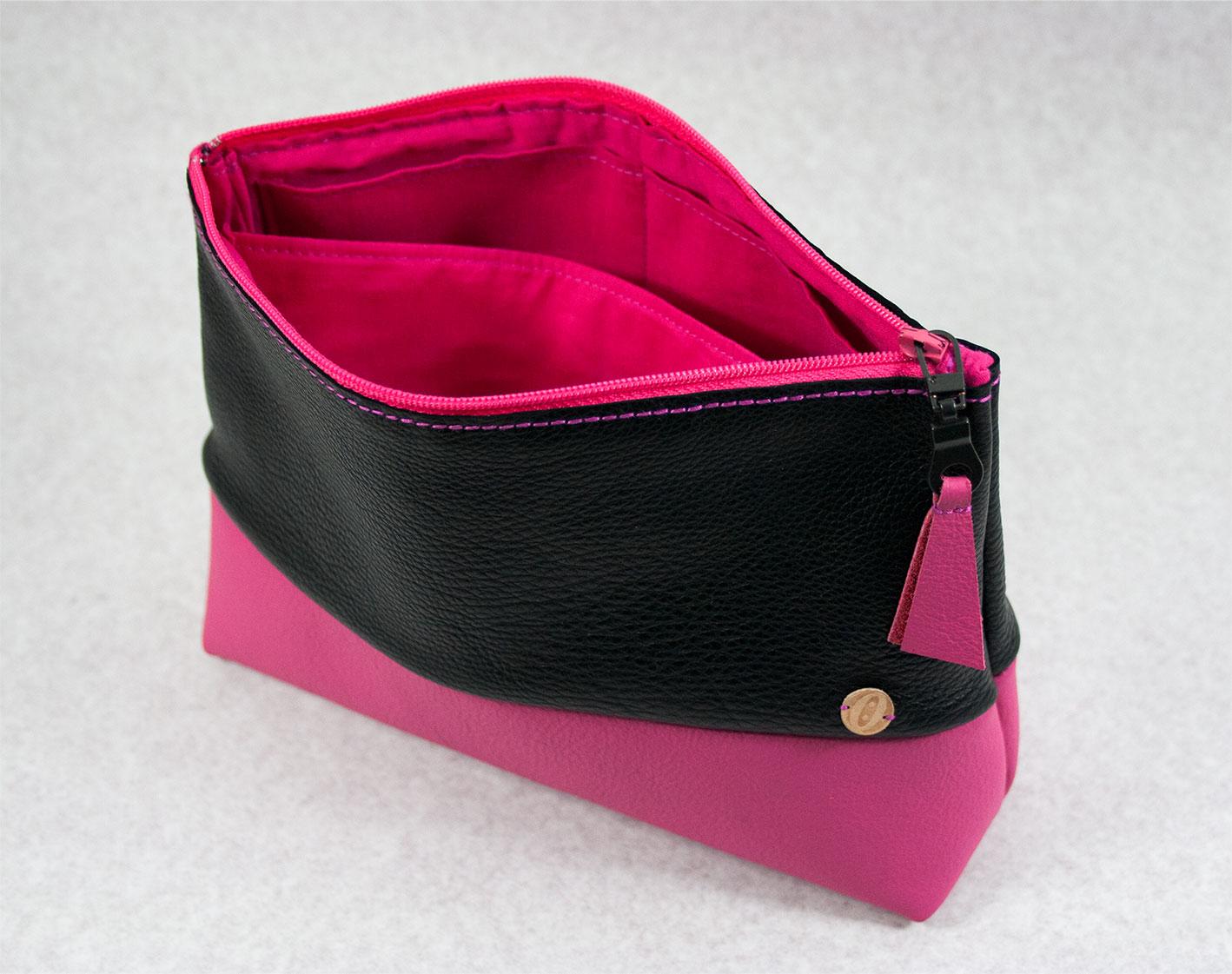 Kosmetiktasche-pink-offen